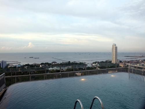 2BR Apartment with Ancol Sea View by Travelio, North Jakarta