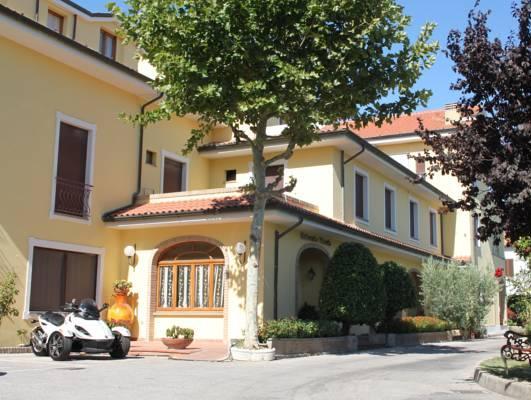 Hotel Girasole, Macerata