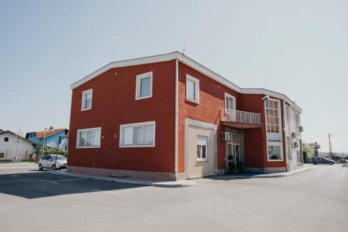 Guest House Sv. Nikola, Dugo Selo