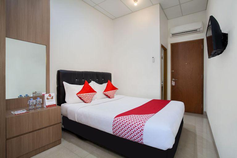 OYO 106 Sarkawi Residence Near Kartini Hospital, Jakarta Selatan