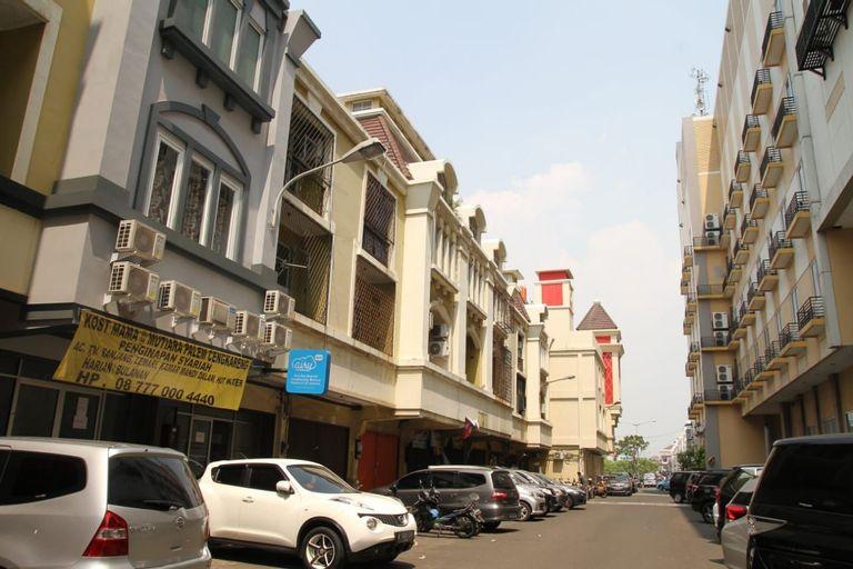 Hotel Syariah Mama Cengkareng at Mutiara Palem, Jakarta Barat
