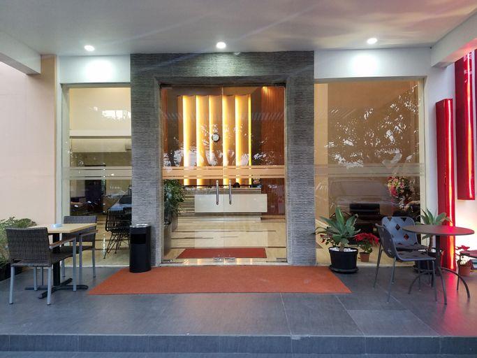 Sumi Hotel Surabaya, Surabaya