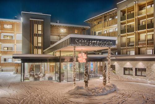 Alpine Luxury SPA Resort Schwarzenstein, Bolzano