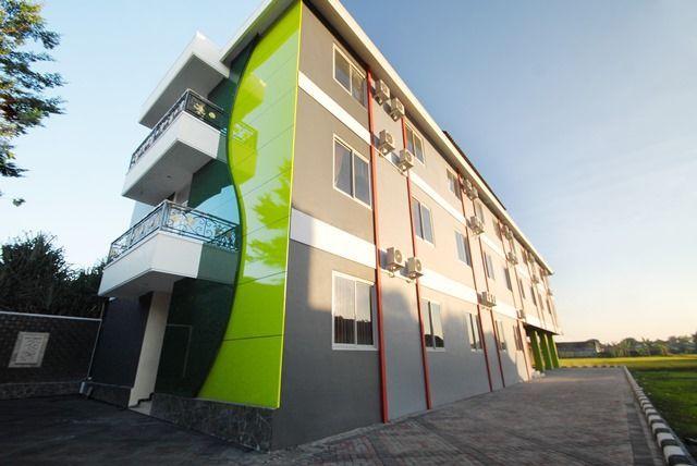 D Madinah Residence Syariah Hotel Solo, Solo