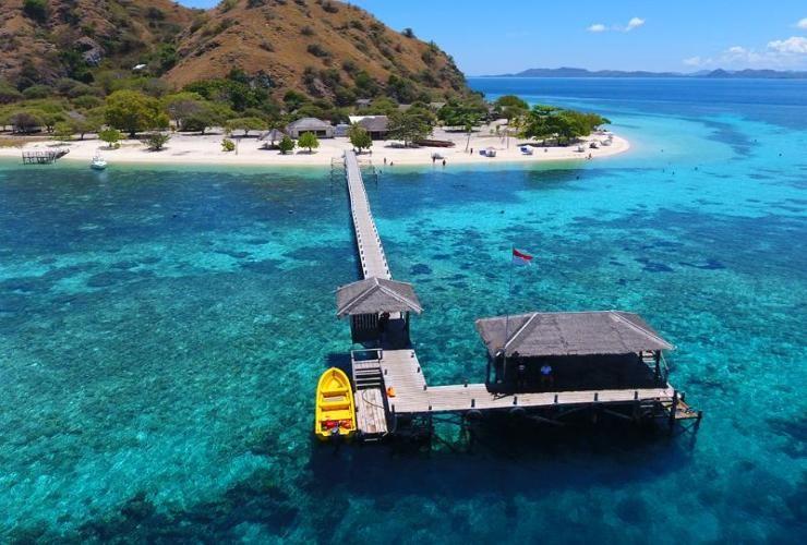 Kanawa Beach Resort, Manggarai Barat
