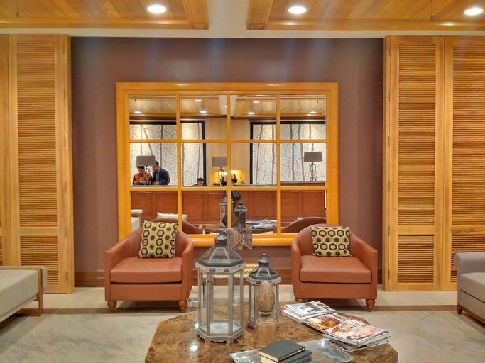 Cedar Peak Condominium by Tripsters Hub, Baguio City