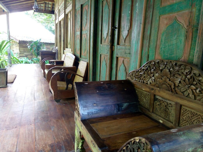 Imah Seniman Resort, Bandung