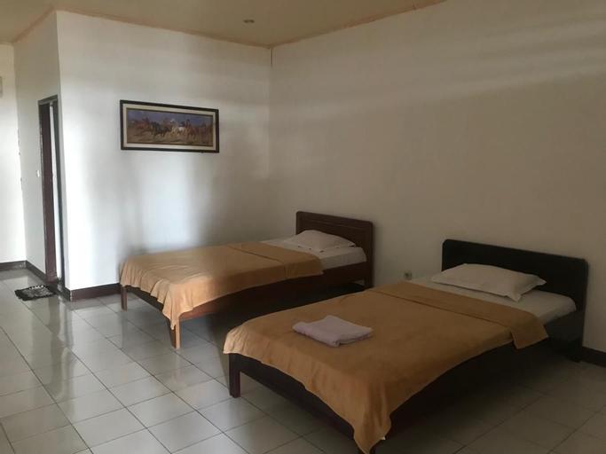 New Bajo Beach Hotel, Manggarai Barat