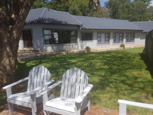 6 On Capella Guesthouse, Ekurhuleni