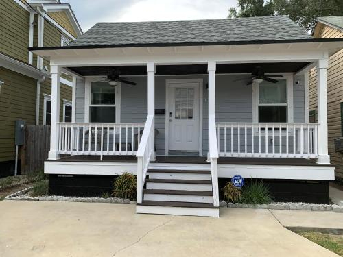 Peaceful Getaway for Two in Lincolnville/Quiet Area/2.3 Miles to Beach, Saint Johns