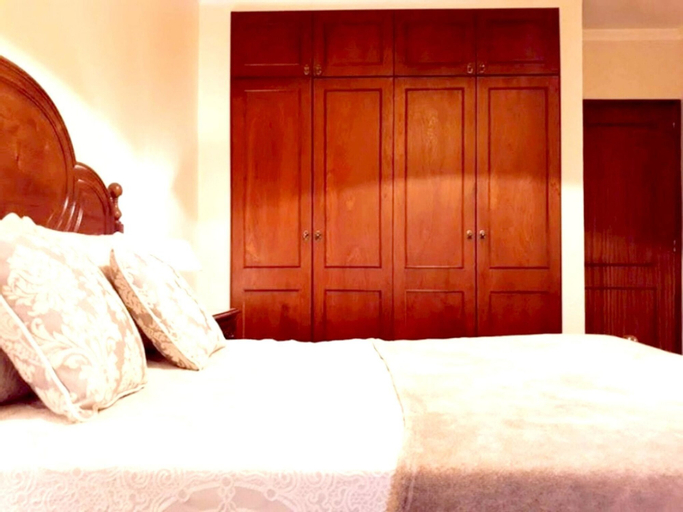Apartment With one Bedroom in Funchal, With Wonderful Mountain View, Enclosed Garden and Wifi - 4 km From the Beach, Funchal