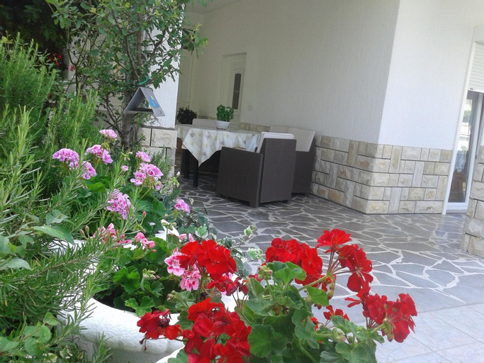 Apartment With 3 Bedrooms in Palit, With Wonderful City View, Enclosed, Lopar/Supetarska Draga