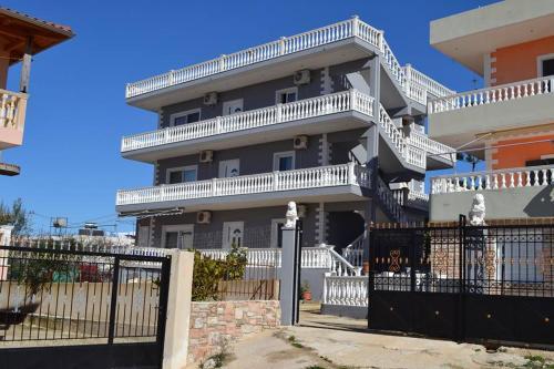 Relax Apartments, Sarandës