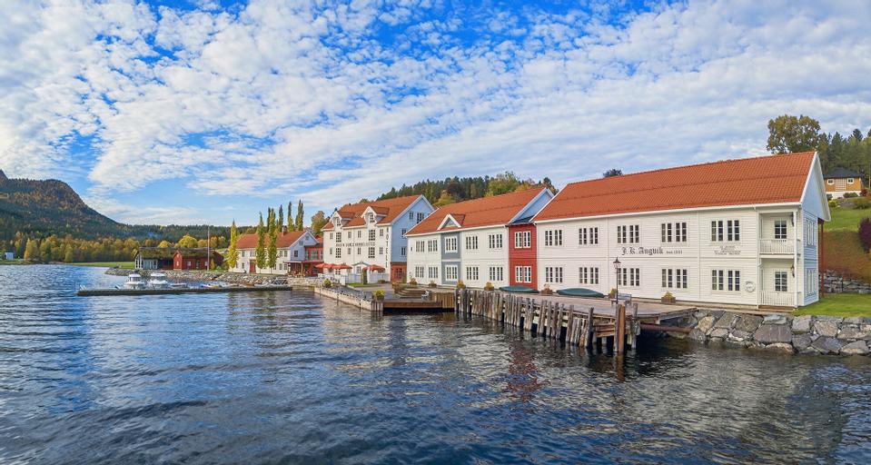 Angvik Gamle Handelssted - by Classic Norway, Gjemnes