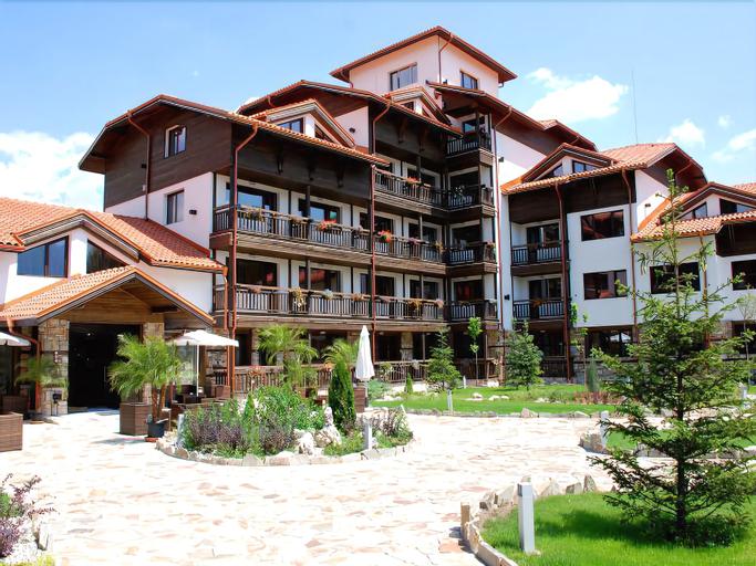 Hotel Alexander, Razlog
