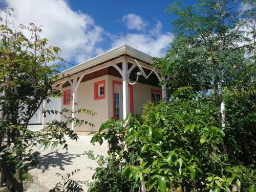 Grenadier, La Trinité