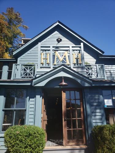 Highlander Mountain House, Macon