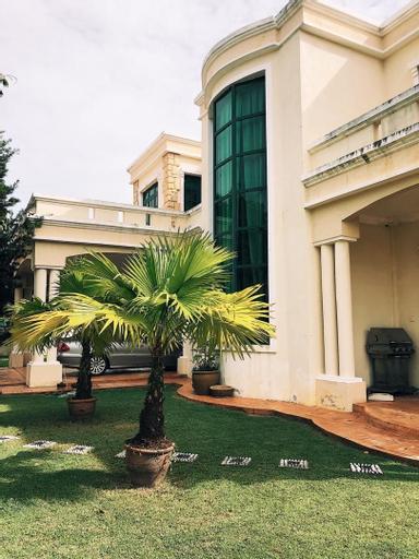 Villa Shamir near KLIA, Kuala Lumpur