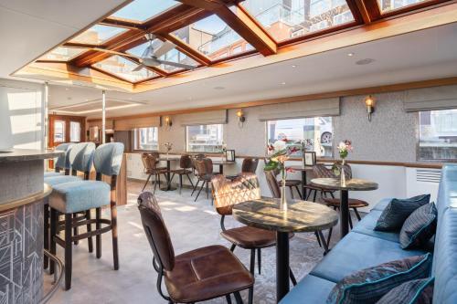 Boat Hotel Merlijn, Dordrecht
