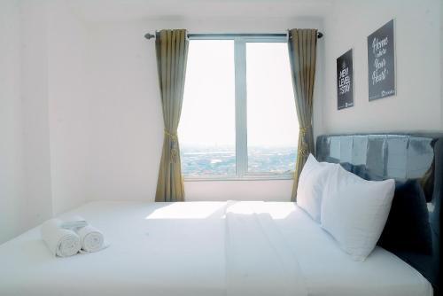 2BR Minimalist Bassura City Apartment By Travelio, Jakarta Timur