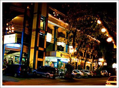 Crown Royale Hotel, Balanga City