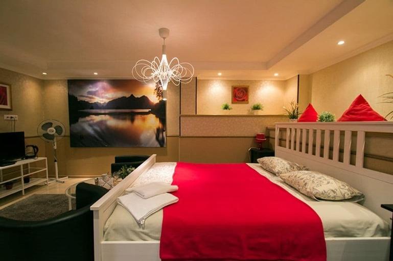 Hotel Karamel, Perm' gorsovet