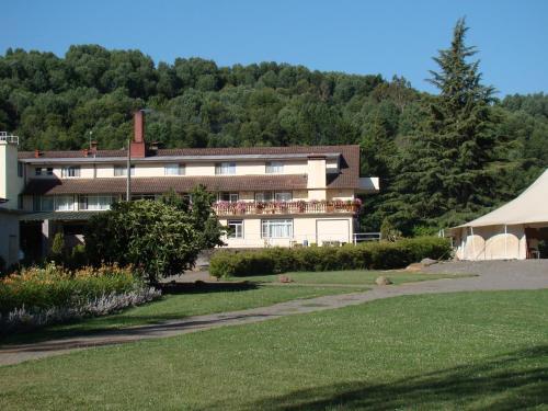 Villa Baviera, Hotel Baviera Chile, Ñuble