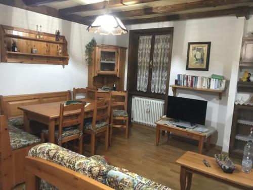 Santi's Apartment, Trento