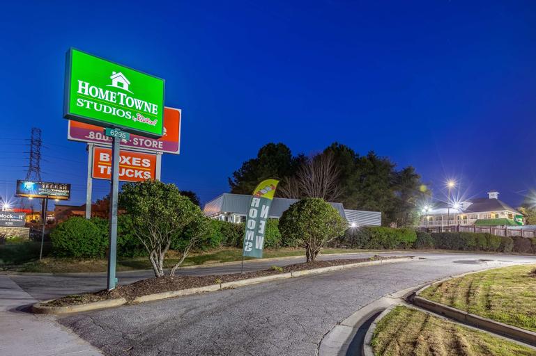 HomeTowne Studios Atlanta NE - Norcross South, Gwinnett