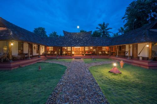 Heritage Garden Stay, Fishing in Pond, Alappuzha