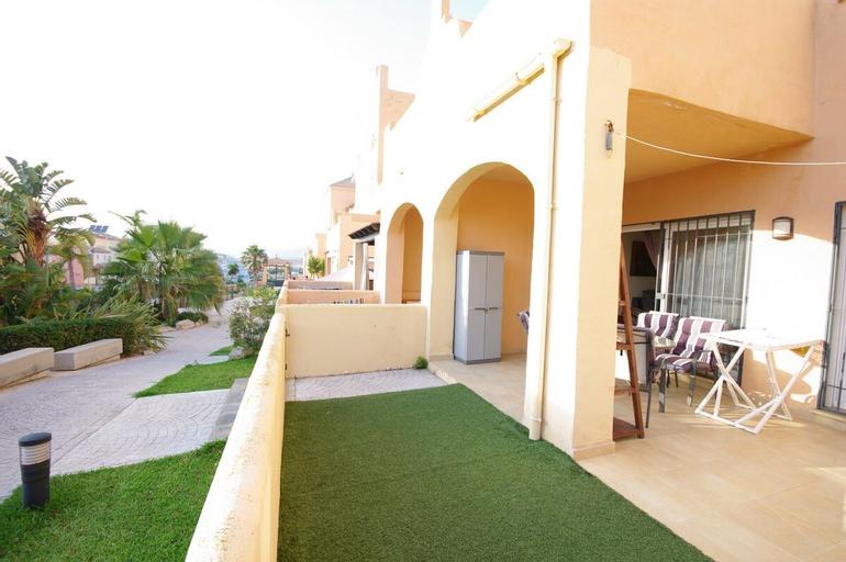 Livingtarifa - Bajo con acceso a piscina, Cádiz