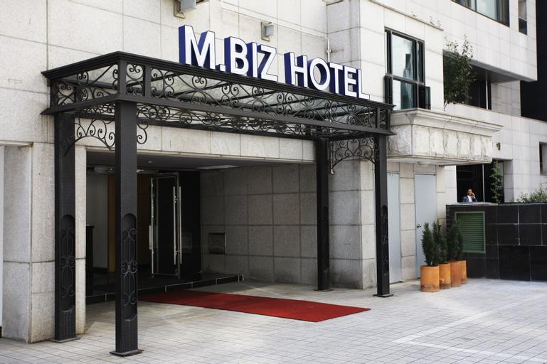 M.BIZ Hotel, Gangnam