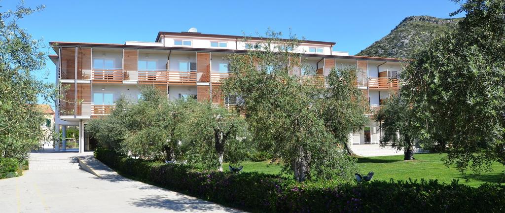 Elaia Garden Hotel, Latina