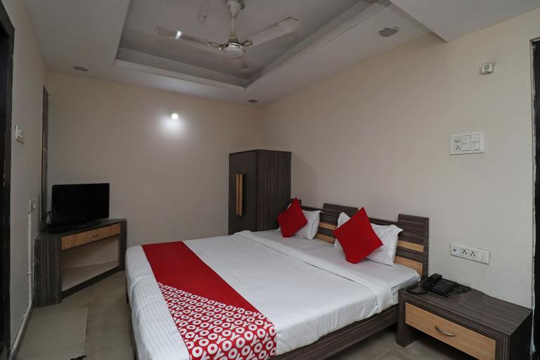 OYO 9131 Hotel Apsara, Raipur