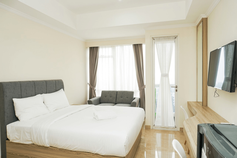 Fully Furnished Studio Menteng Park Apartment By Travelio, Jakarta Pusat