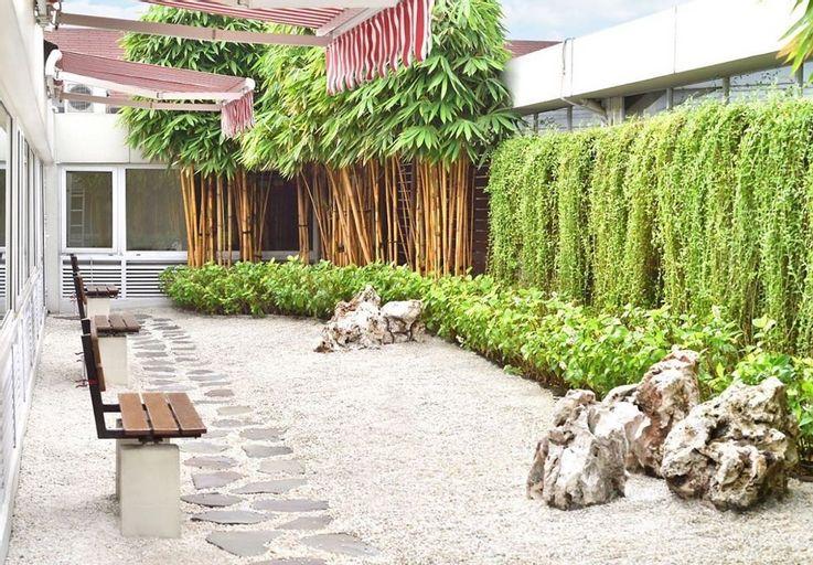 Dwijaya House of Pakubuwono, Jakarta Selatan