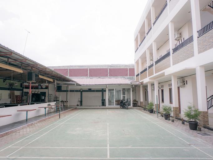OYO Life 2354 Rose House, Medan