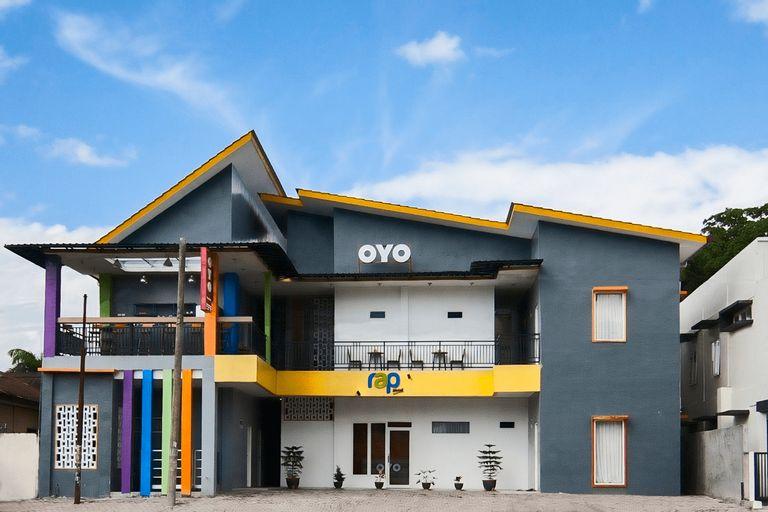 OYO 1095 RAP Hotel, Toba