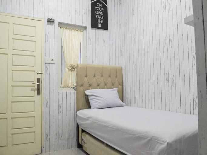 OYO Life 2091 Al-djafira Homestay Setiabudi Syariah, Medan