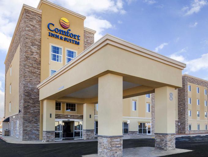 Comfort Inn & Suites (Pet-friendly), Yashkul'skiy rayon