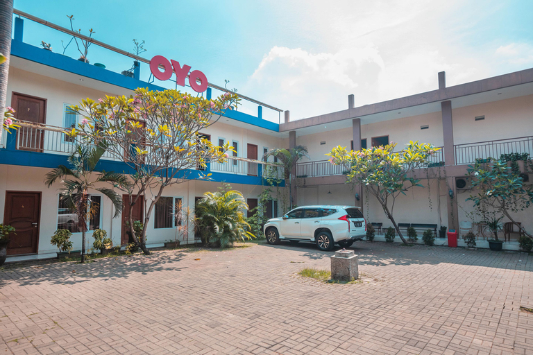 OYO 665 Namora Residence Near Olahraga Nasional Hospital, East Jakarta