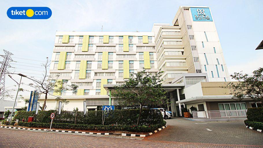 BATIQA Hotel & Apartments Karawang, Karawang