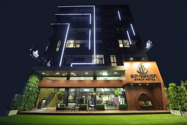 Sovereign Group Hotel at Pratunam, Ratchathewi