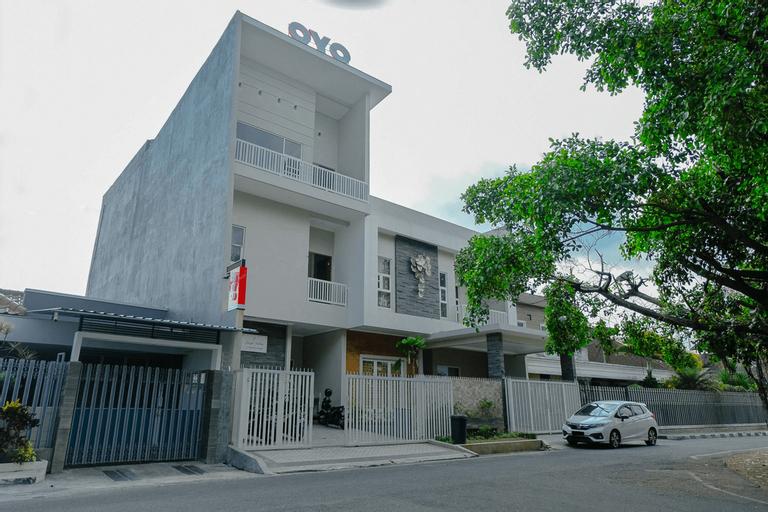 OYO 1023 Junggo Tentrem, Malang