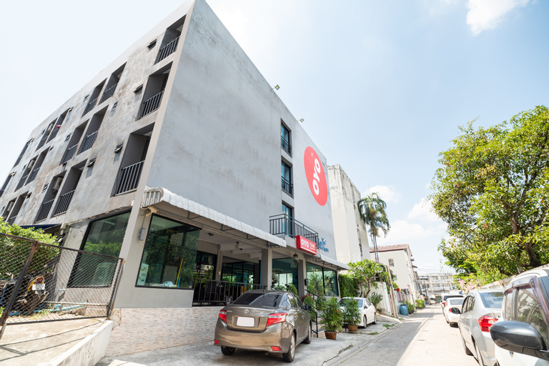 OYO 427 Chill Apartment, Bang Khae