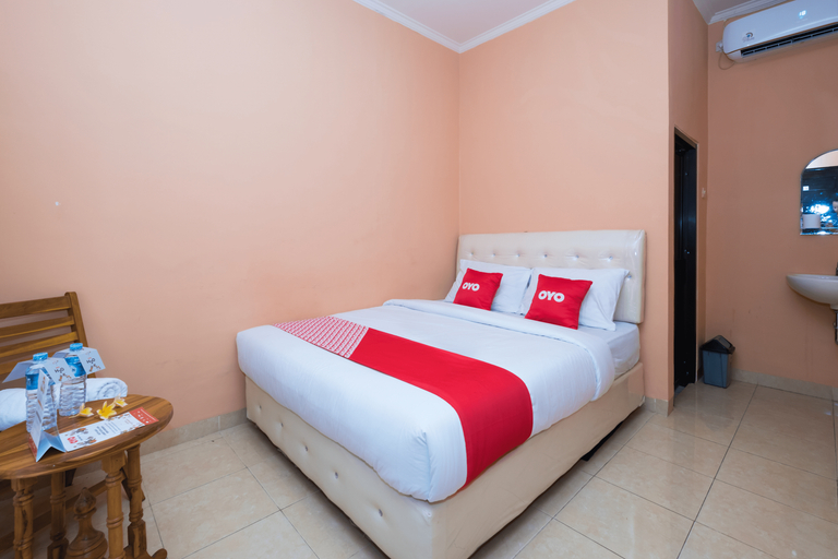 OYO 1492 Rupaqa Hotel, Mataram