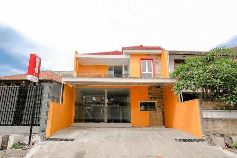 OYO 2660 Homestay Borobudur Tbs, Malang