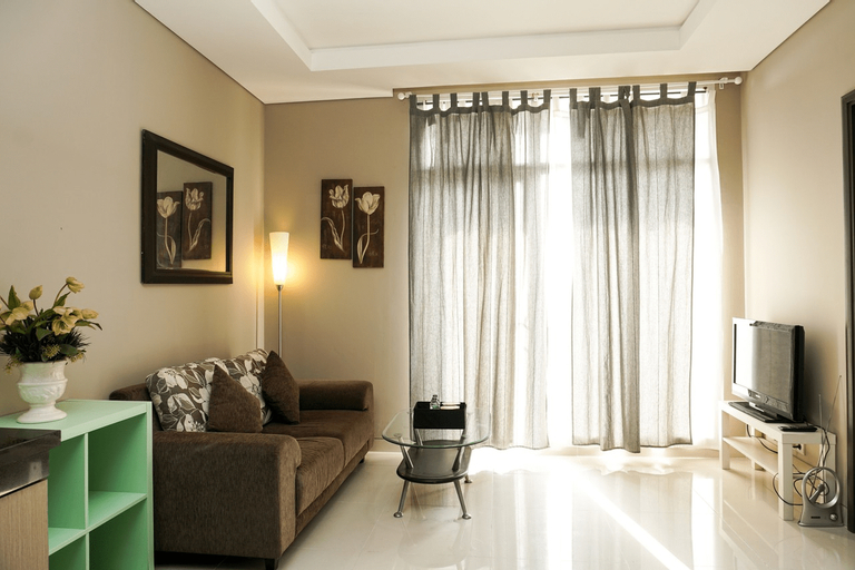 Exclusive 1BR Ciputra International Apartment By Travelio, Jakarta Barat