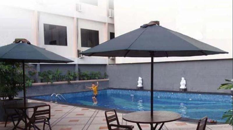 Amans Inn, Ambon