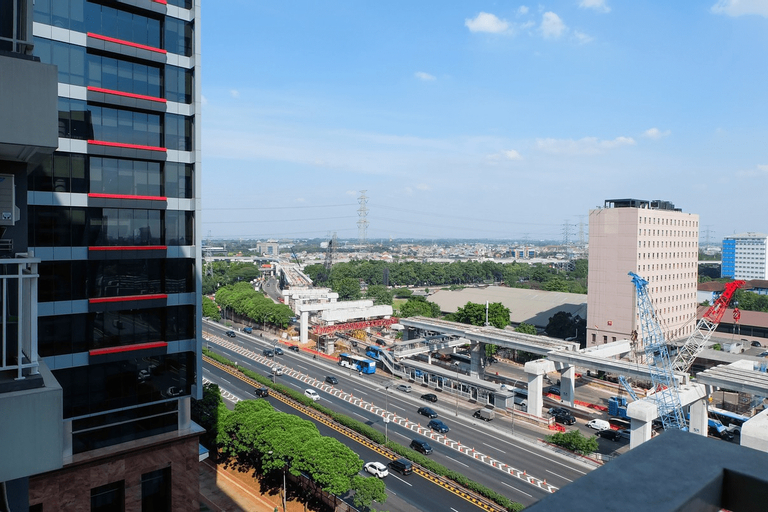 Best Location Studio H Residence Apartment By Travelio, East Jakarta